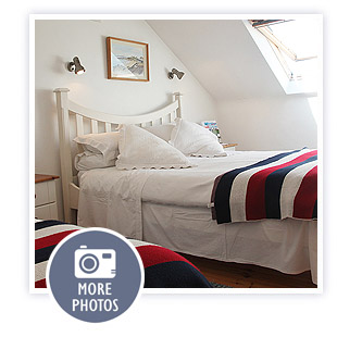 click here to view more photos of The White Cottages Bed & Breakfast